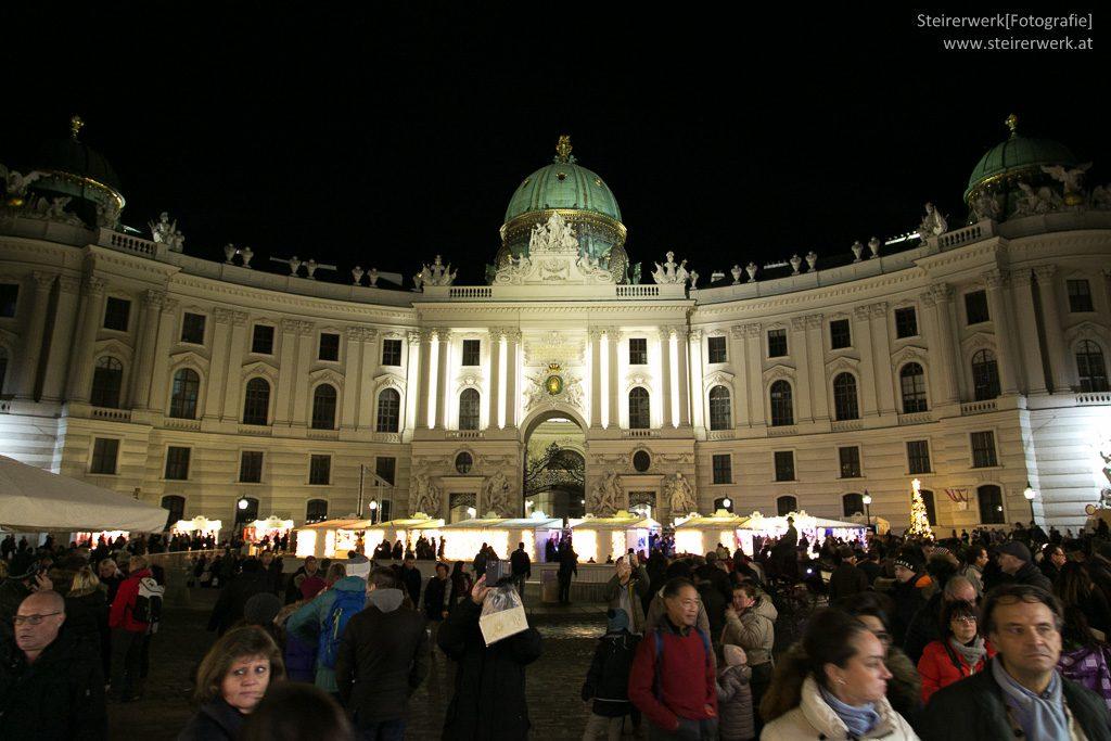 k.u.k. Weihnachtsmarkt Michaelerplatz Wien