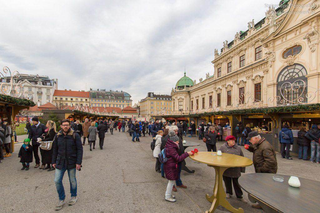 Weihnachtsdorf im Schloss Belvedere Wien