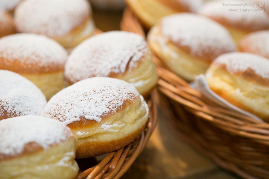 Faschingskrapfen vom Bäcker